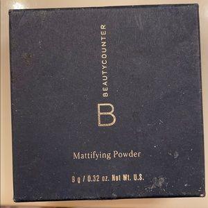 Beauty counter mattifying powder